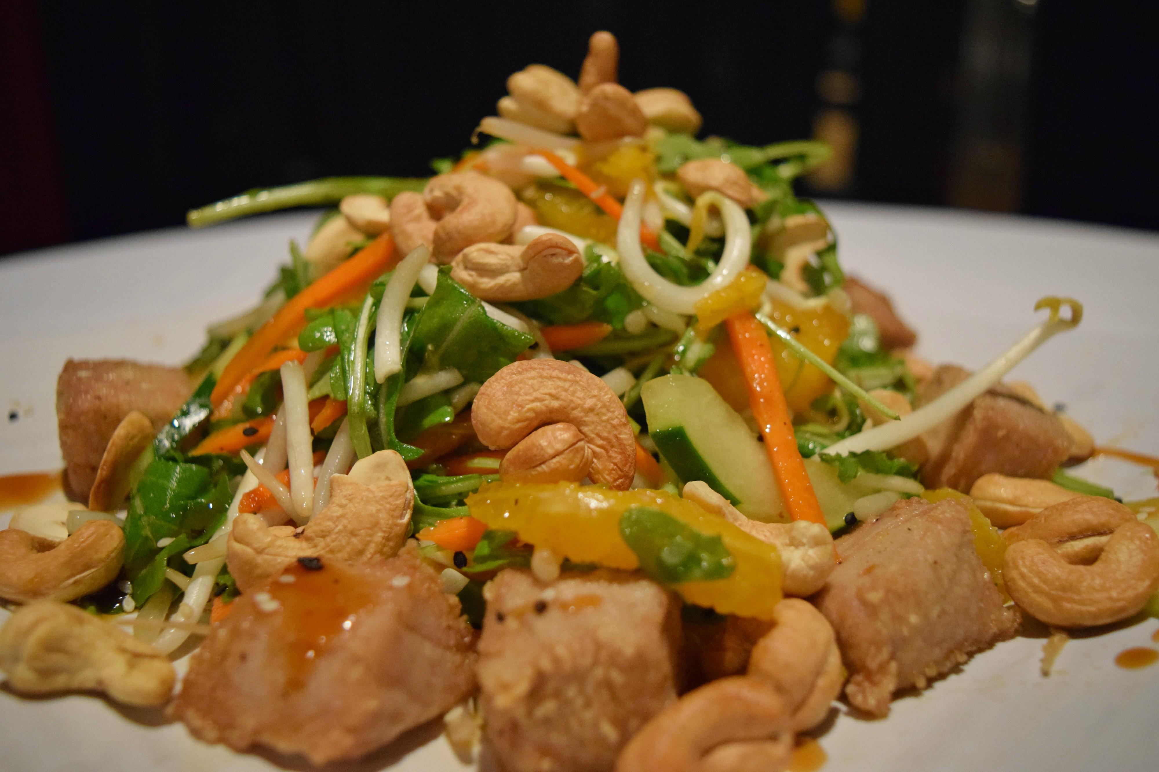 Asian Tuna Salad Kaseys Kitchen And Cocktails